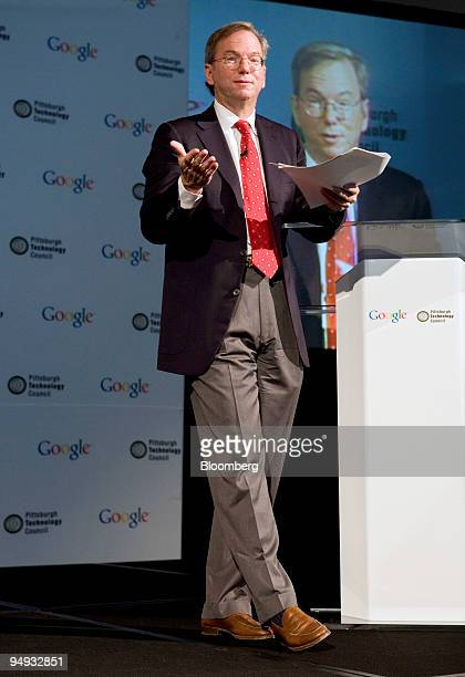 Eric Schmidt chief executive officer of Google Inc speaks at an event in Pittsburgh Pennsylvania US on Wednesday Sept 23 2009 Google facing slowing...