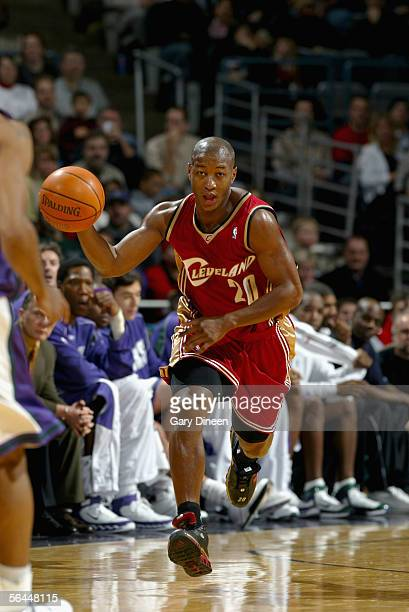 Eric Snow of the Cleveland Cavaliers drives the ball upcourt during the game against the Milwaukee Bucks at Bradley Center on December 10 2004 in...