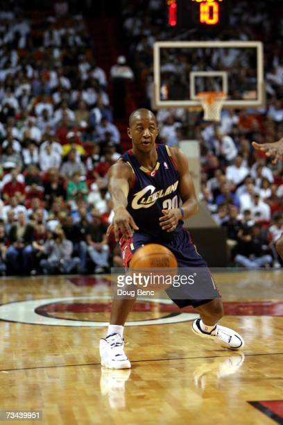 Eric Snow of the Cleveland Cavaliers passes the ball against the Miami Heat at American Airlines Arena on February 1 2007 in Miami Florida Miami won...