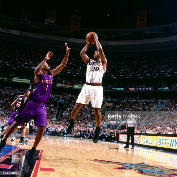 Eric Snow of the Philadelphia 76ers shoots the ball against the Toronto Raptors during Game Seven of the Eastern Conference Semifinals of the 2001...