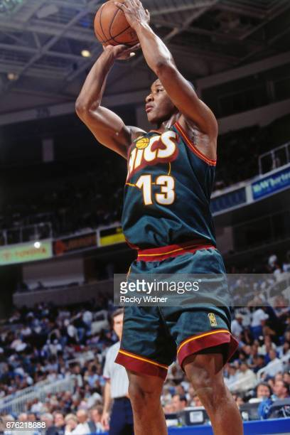 Eric Snow of the Seattle SuperSonics shoots against the Golden State Warriors circa 1997 at Key Arena in Seattle Washington NOTE TO USER User...