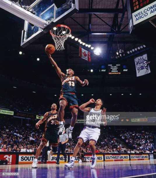 Eric Snow of the Seattle SuperSonics shoots against the Sacramento Kings circa 1997 at Arco Arena in Sacramento California NOTE TO USER User...