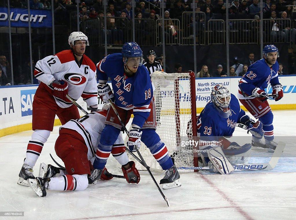 Carolina Hurricanes v New York Rangers : News Photo
