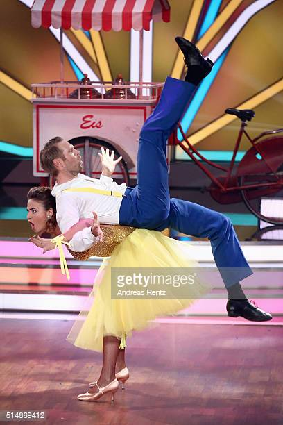 Eric Stehfest and Oana Nechiti perform on stage during the 1st show of the television competition 'Let's Dance' on March 11 2016 in Cologne Germany