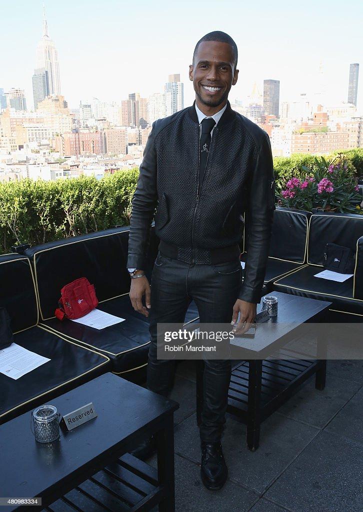 Sergio Davila - Front Row - New York Fashion Week: Men's S/S 2016