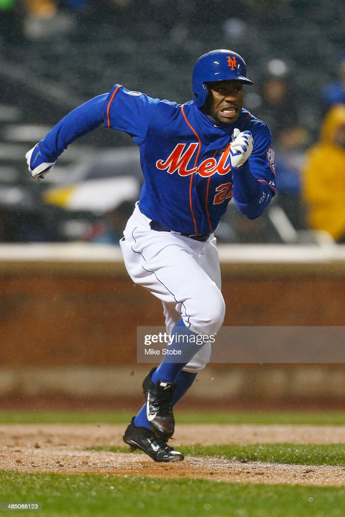 Eric Young Jr. #22 of the New York Mets in action against the against the Cincinnati Reds at Citi Field on April 4, 2014 in New York City. Mets defeated the Reds 4-3.
