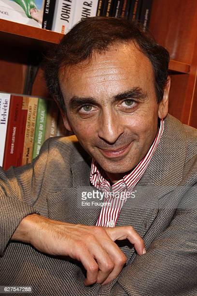 Eric Zemmour attends the 2009 ' Salon du Livre ' in Paris