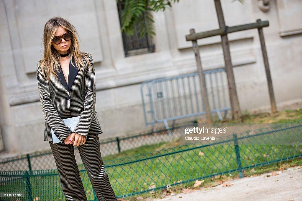 Erica Pelosini attends the Mugler show on day 5 of Paris Womens Fashion Week Spring/Summer 2017,Êon September 30, 2016 in Paris, France.