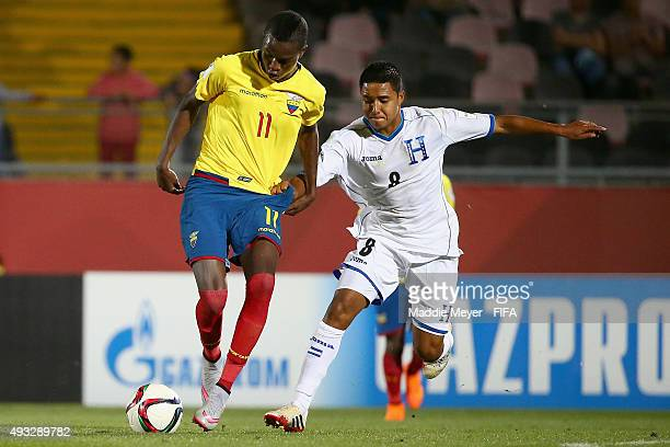 Erick Arias of Honduras defends Jhon Pereira of Ecuador during the FIFA U17 Men's World Cup Chile 2015 group D match between Honduras and Ecuador at...