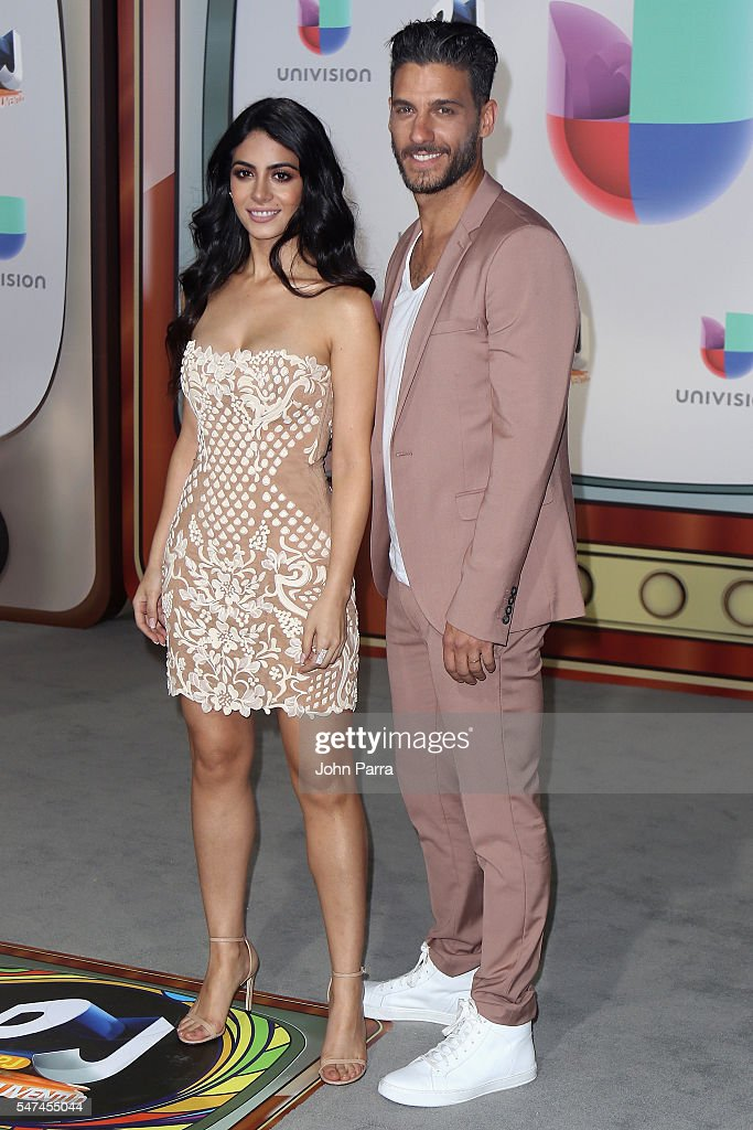 Univision's 13th Edition Of Premios Juventud Youth Awards - Arrivals : News Photo