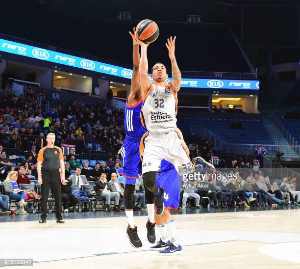 Erick Green #32 of Valencia Basket in action during the 2017/2018 Turkish Airlines EuroLeague Regular Season Round 21 game between Anadolu Efes...