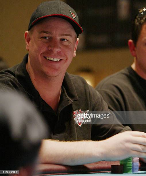 Erick Lindgren plays poker at the 2004 World Poker Finals at Foxwoods Resort Casino in Ledyard Connecticut Sunday November 14 2004 World Poker Tour...