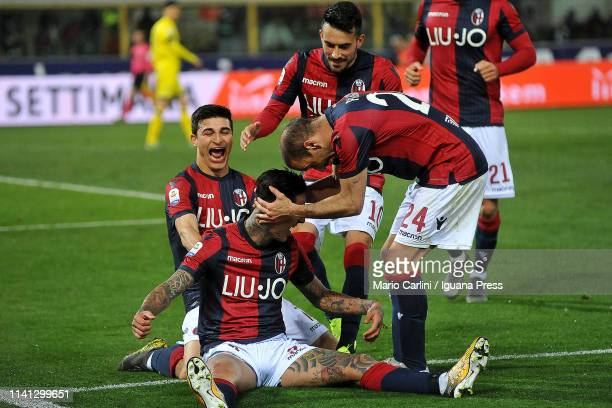 Erick Pulgar of Bologna FC celebrates after scoreing his team's and personal second goal from the penalty spot during the Serie A match between...