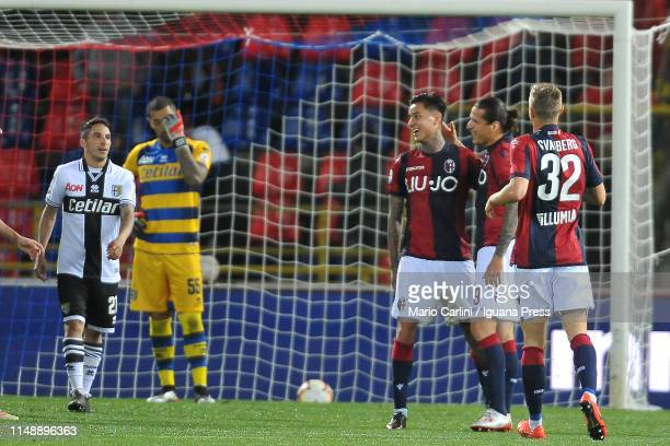 Erick Pulgar of Bologna FC celebrates after scoring his team's fourth goal during the Serie A match between Bologna FC and Parma Calcio at Stadio...