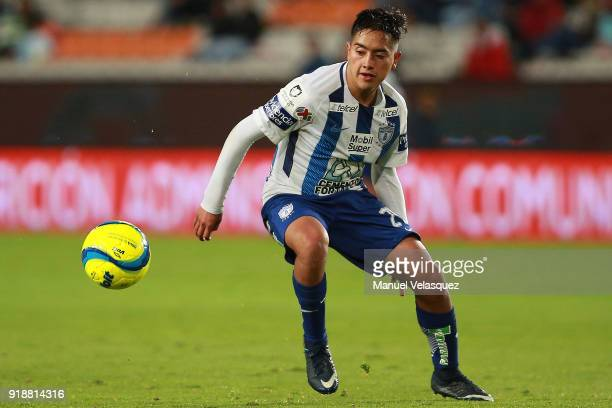 Erick Sanchez of Pachuca looks the ball during the 7th round match between Pachuca and Tijuana as part of the Torneo Clausura 2018 Liga MX at Hidalgo...