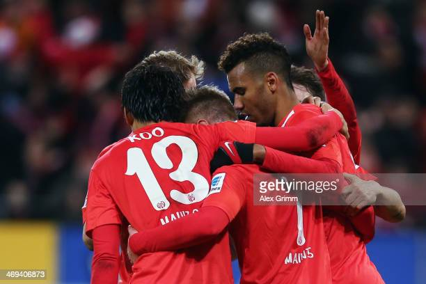 EricMaxim ChoupoMoting of Mainz celebrates his team's second goal with team mates during the Bundesliga match between 1 FSV Mainz 05 and Hannover 96...