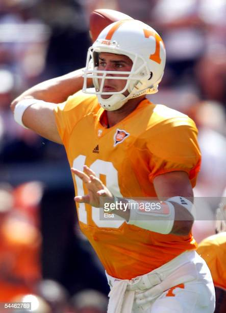 Erik Ainge of Tennessee passes in the second half against UAB on September 3, 2005 at Neyland Stadium in Knoxville, Tennessee. The Volunteers...
