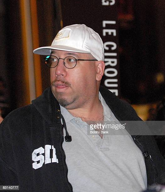 Erik Bleaman aka High Pitch Eric one of The Wack Pack on the Howard Stern Show watches guests arrive for the wedding of Howard Stern and Beth...