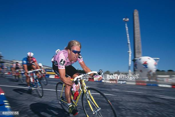 Erik Breukink from the Netherlands on place de la Concorde during stage 20 of the 1995 Tour de France