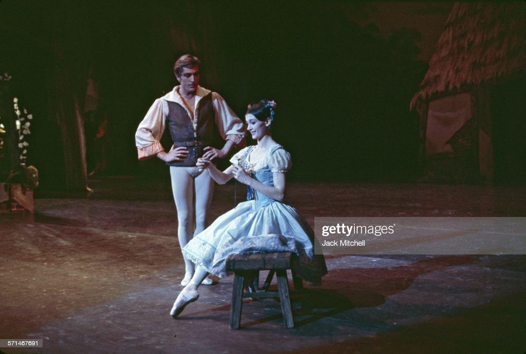 Erik Bruhn and Carla Fracci pderforming American Ballet