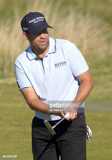 Erik Compton of the United States on the eighth green during the second round of the 2015 Alfred Dunhill Links Championship at the Kingsbarns Golf...