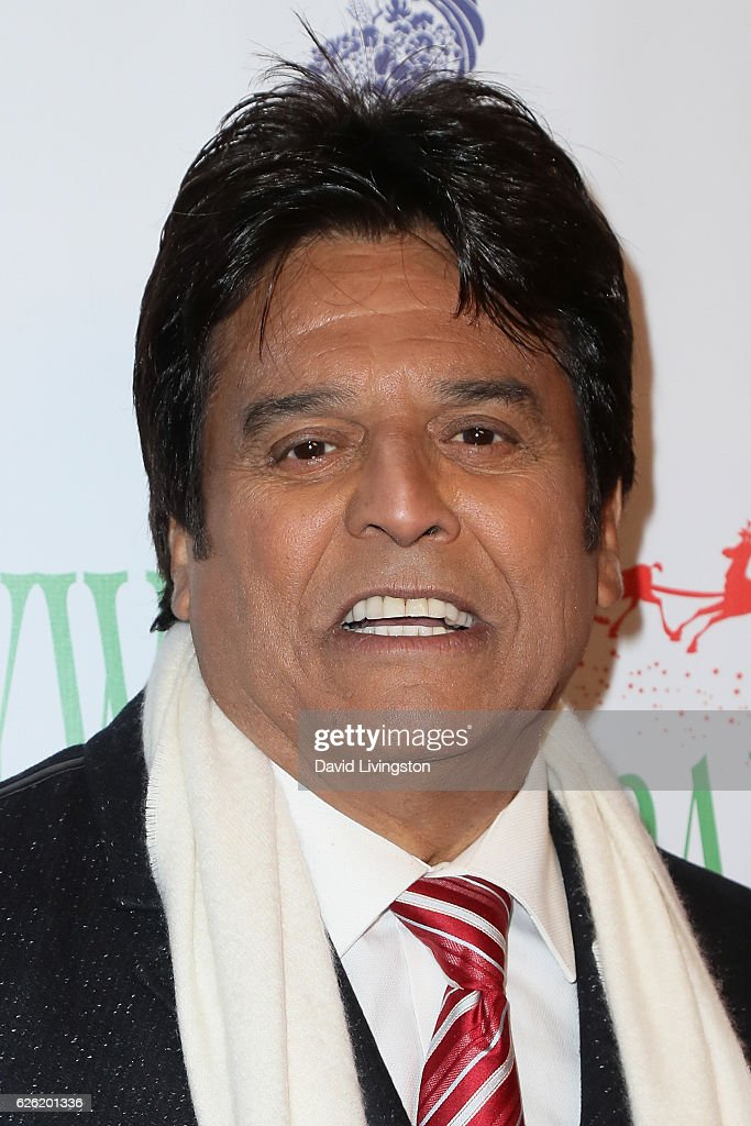 Erik Estrada arrives at the 85th Annual Hollywood Christmas Parade on November 27, 2016 in Hollywood, California.