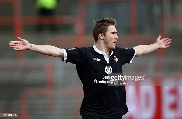Erik Jendrisek of Kaiserslautern celebrates after scoring his team's first goal during the Second Bundesliga match between RotWeiss Oberhausen and 1...
