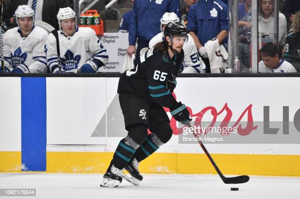 Erik Karlsson of the San Jose Sharks skates ahead with the puck against the Toronto Maple Leafs at SAP Center on November 15 2018 in San Jose...