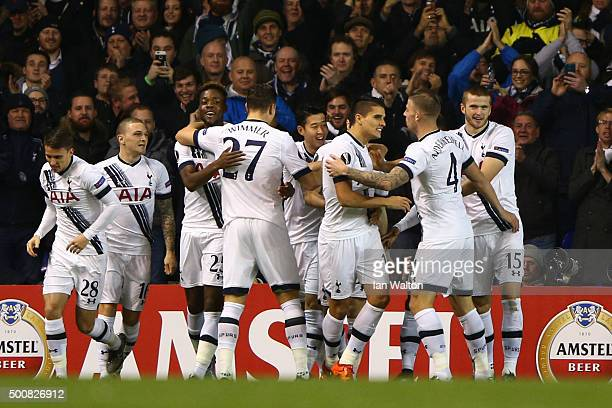 Erik Lamela of Spurs celebrates with teammates after scoring the opening goal during the UEFA Europa League Group J match between Tottenham Hotspur...