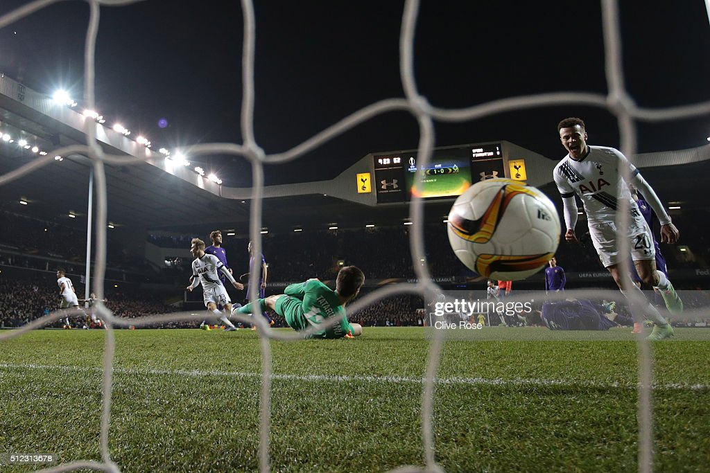 Erik Lamela (1st L) of Tottenham Hotspur celebrates scoring his team's second goal during the UEFA Europa League round of 32 second leg match between Tottenham Hotspur and Fiorentina at White Hart Lane on February 25, 2016 in London, United Kingdom.