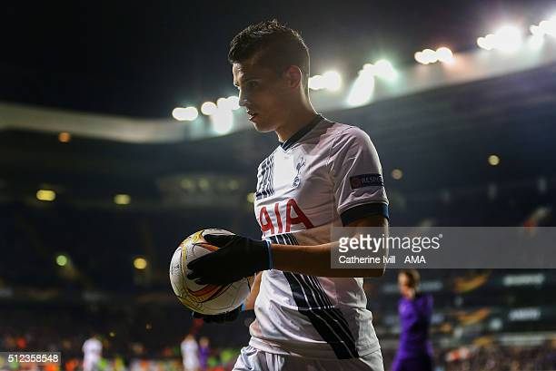 Erik Lamela of Tottenham Hotspur during the UEFA Europa League match between Tottenham Hotspur and Fiorentina at White Hart Lane on February 25 2016...