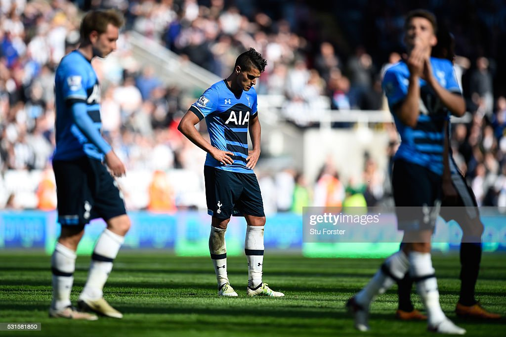 Erik Lamela of Tottenham Hotspur looks dejected after the Barclays Premier League match between Newcastle United and Tottenham Hotspur at St James' Park on May 15, 2016 in Newcastle, England.