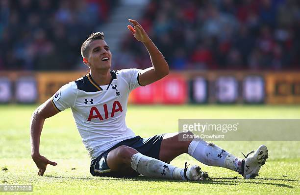 Erik Lamela of Tottenham Hotspur reacts during the Premier League match between AFC Bournemouth and Tottenham Hotspur at Vitality Stadium on October...