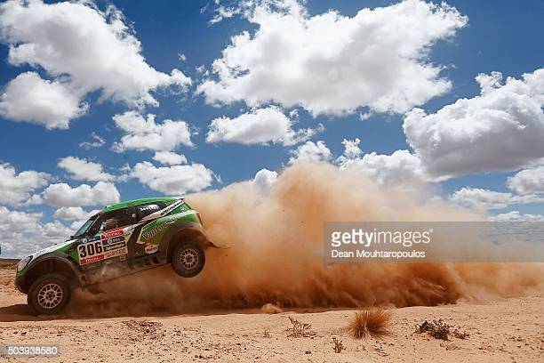 Erik Loon of the Netherlands and Wouter Rosegaar of the Netherlands in the MINI ALL4 RACING for VANLOON RACING VAN compete on day 5 from Jujuy in...
