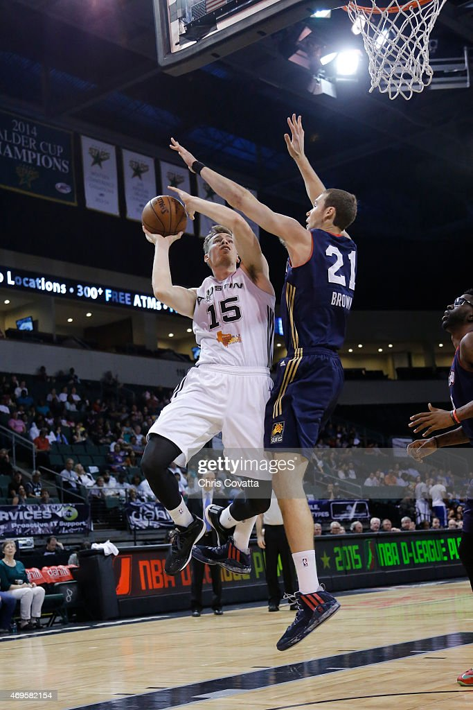 Erik Murphy #15 of the Austin Spurs drives to the basket against the Bakersfield Jam in game three of the 2015 D-League playoffs at the Cedar Park Center on April 12, 2015 in Cedar Park, Texas.