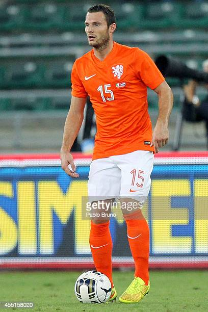 Erik Pieters of Netherlands in action during the international friendly match between Italy and Netherlands at Stadio San Nicola on September 4 2014...
