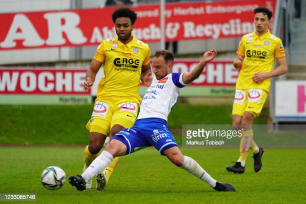 Erik Ross Palmer Brown of Austria Wien and Tobias Kainz of Hartberg compete for the ball during the Tipico Bundesliga match between TSV Hartberg and...