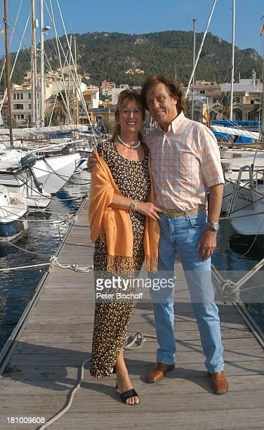 Erik Silvester, Ehefrau Marlene Silvester, Urlaub, Port dÏAndratx/Mallorca/Balearen/Spanien, , Hafen, Mittelmeer, Sänger, Frau, Familie, Schiff,...