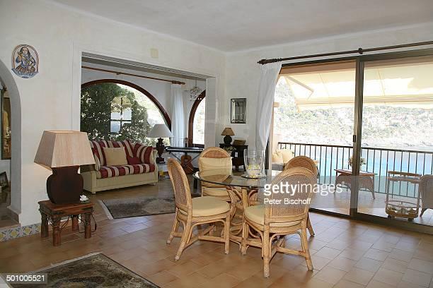 Erik Silvester, Exklusiv-Homestory - Ferienhaus Andratx/Mallorca, Spanien, Europa, Wohnzimmer, Esstisch, Stuhl, Tisch, Terrasse, Urlaub, Sänger,...