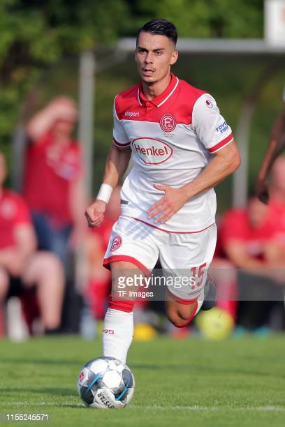 Erik Thommy of Fortuna Duesseldorf controls the ball during the preseason friendly match between SV Sonsbeck and Fortuna Duesseldorf at...