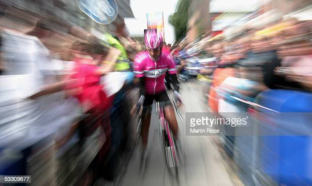 Erik Zabel of team T-Mobile seen during the HEW Cyclassics on July 31, 2005 in Hamburg, Germany.