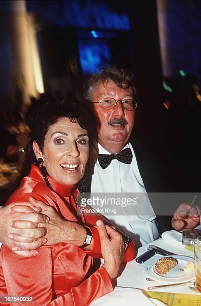 Erika Berger Ehemann Richard Mahkorn Bei Der Verleihung Des Deutscher Fernsehpreis In Köln Am 061001