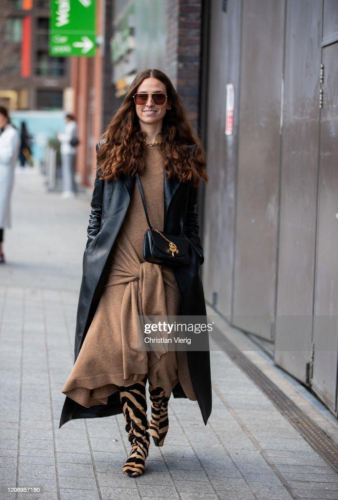 Street Style - LFW February 2020 : Photo d'actualité