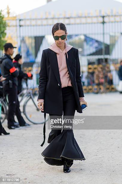 Erika Boldrin outside Elie Saab on October 1 2016 in Paris France
