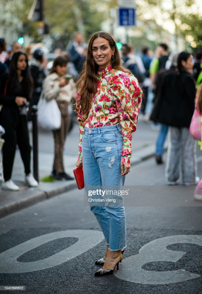 Street Style : Paris Fashion Week Womenswear Spring/Summer 2019 : Day Four : Photo d'actualité