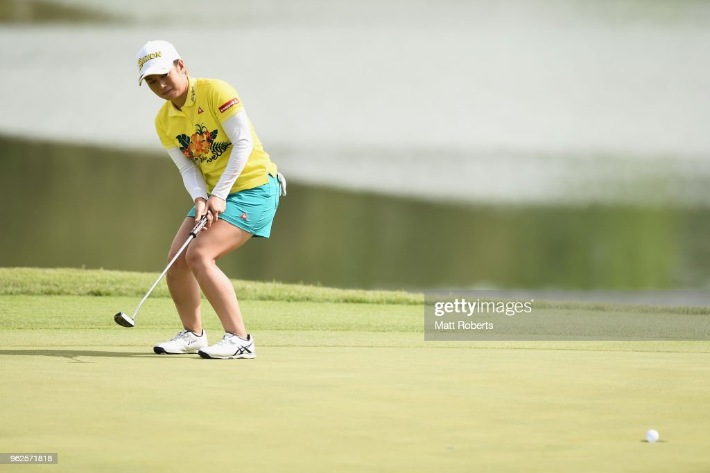 Eriko Kobashi of Japan putts on the 18th green during the second round of the Resorttust Ladies at Kansai Golf Club on May 26, 2018 in Miki, Hyogo, Japan.