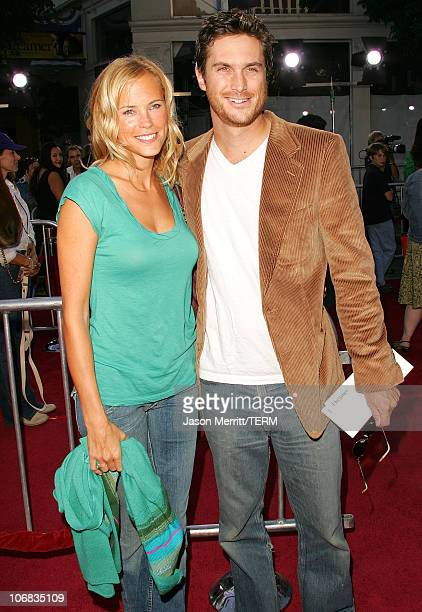 Erin Bartlett and Oliver Hudson during Dreamworks Pictures' Dreamer Inspired By A True Story Los Angeles Premiere Arrivals at Mann Village Theatre in...