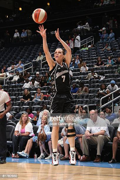 Erin Buescher of the San Antonio Silver Stars shoots against the Atlanta Dream during the WNBA game on June 18 2008 at Philips Arena in Atlanta...