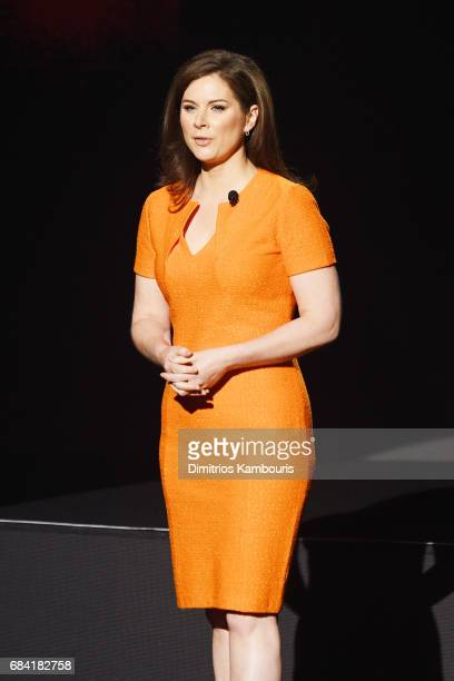 Erin Burnett speaks onstage during the Turner Upfront 2017 show at The Theater at Madison Square Garden on May 17 2017 in New York City 26617_003