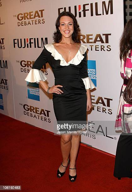 Erin Cummings at the Weinstein Company premiere of The Great Debaters at the Arclight Theater on December 11 2007 in Hollywood California